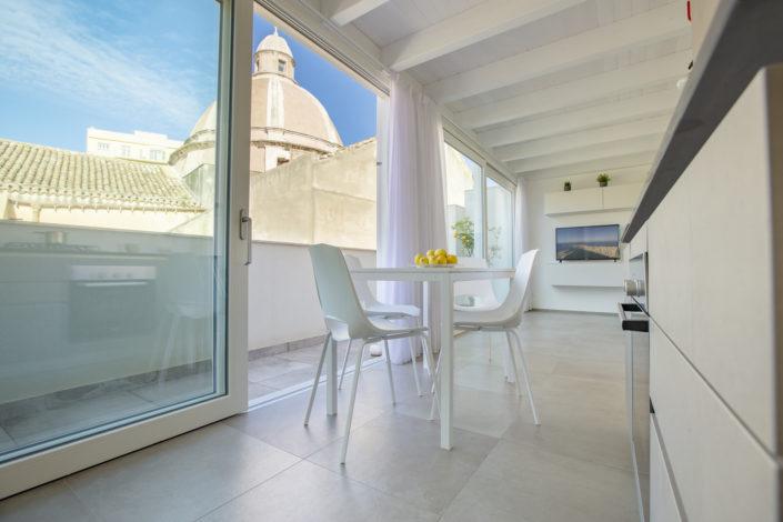Fotografia Professionale di un Appartamento con vista sulle Cupole a Trapani