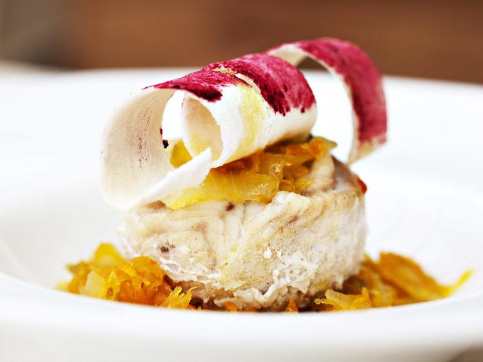 Fotografo per ristoranti food piatti gourmet. Tortino di pesce