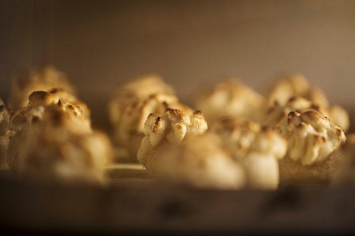 Foto dei dolcini ericini. Fotografo per pasticcerie, laboratori di dolci, gelaterie e ristoranti food piatti gourmet
