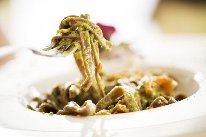 Fotografo per ristoranti food piatti gourmet.Fotografia dei Pizzoccheri