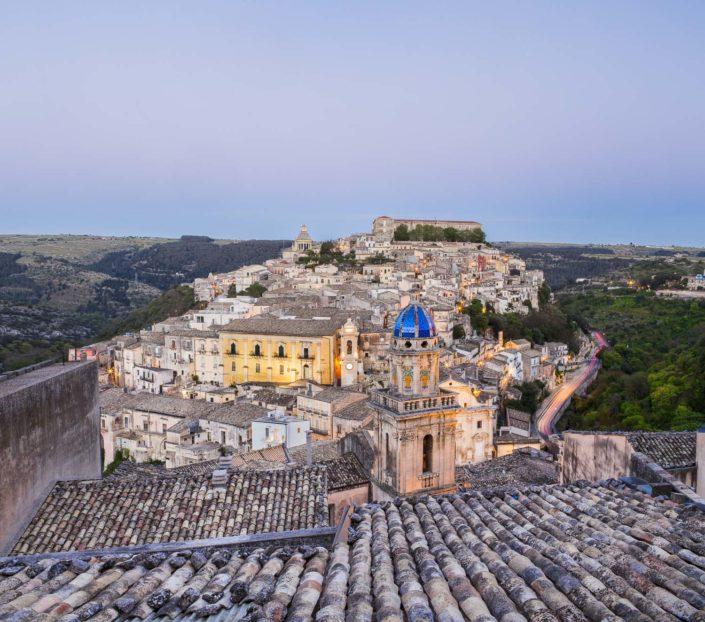 fotografia fine art per arredare stampata su tela canvas di Ragusa vista panoramica a colori bellissima