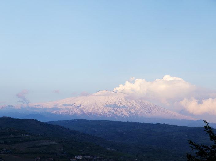 fotografia fine art per arredare stampata su tela canvas o pannello fotografico del monte Etna