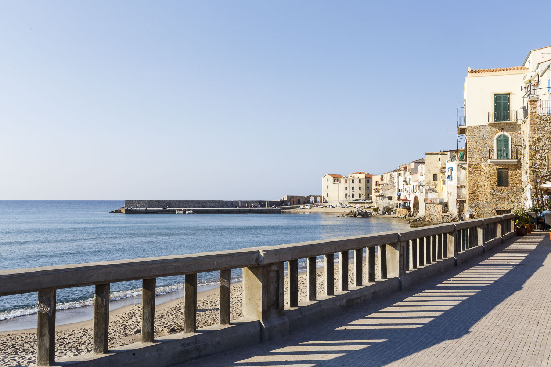 Fotografie d'autore di un viaggio fotografico in Sicilia, qui in foto una spiaggia siciliana