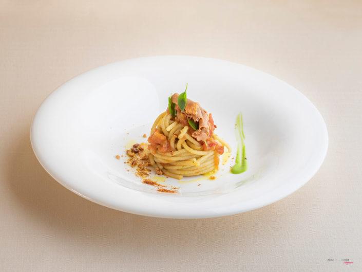 Spaghetti Con Uovo Di Riccio Ristorante Serisso47 Trapani Sicilia Servizio Fotografico Fotografia Food