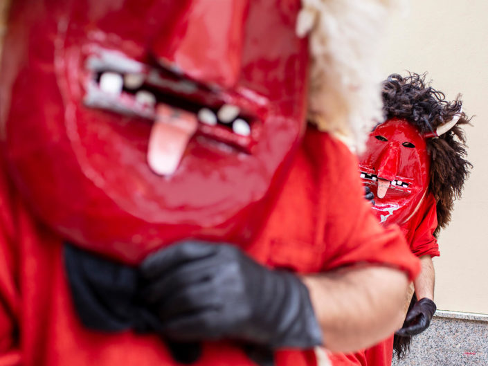 Il ballo dei Diavoli in Sicilia a Prizzi durante la Domenica di Pasqua