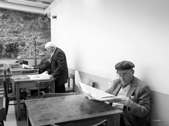Fotografia di Viaggio in terra di Sicilia anziani di Sicilia
